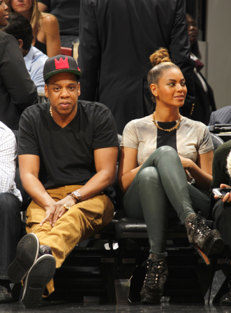 Jay-Z & Beyonce Spotted Courtside In Miami At The Heat Vs ...